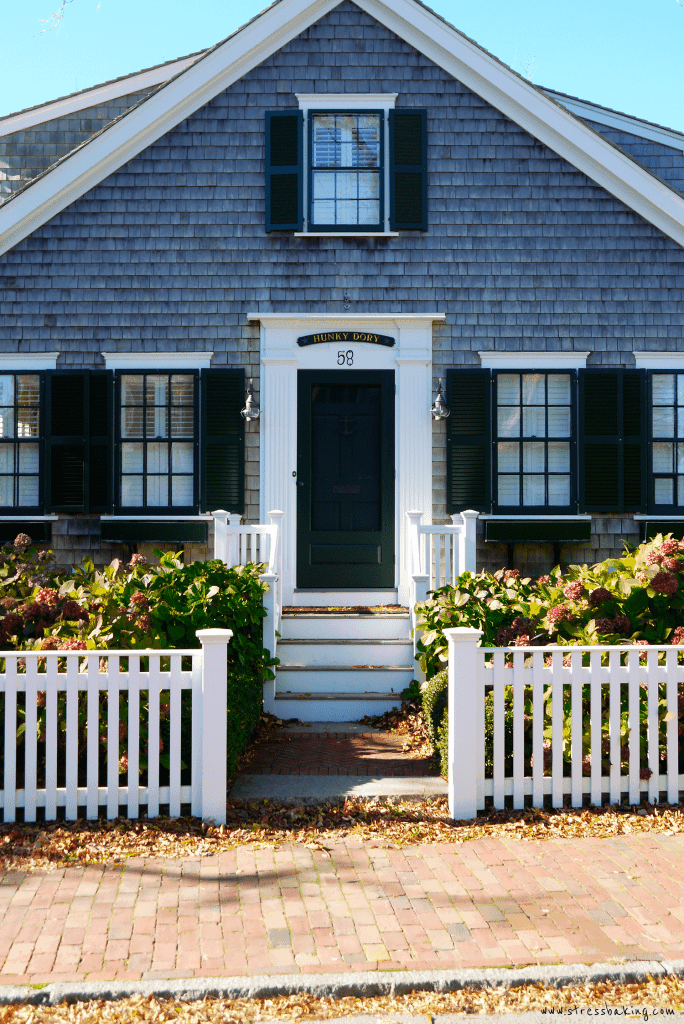 "Nantucket cottage ""Hunky Dory"""