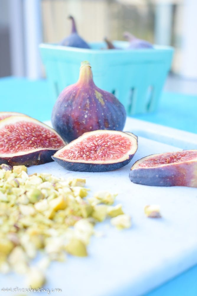 Dark Chocolate Covered Figs: Sweet, syrupy figs are gently dipped in dark chocolate for a perfectly light dessert! | stressbaking.com