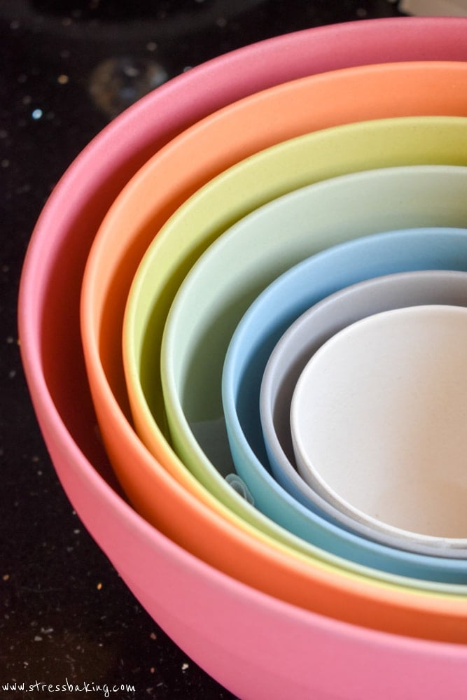 Pastel bamboo nesting bowls from Uncommon Goods