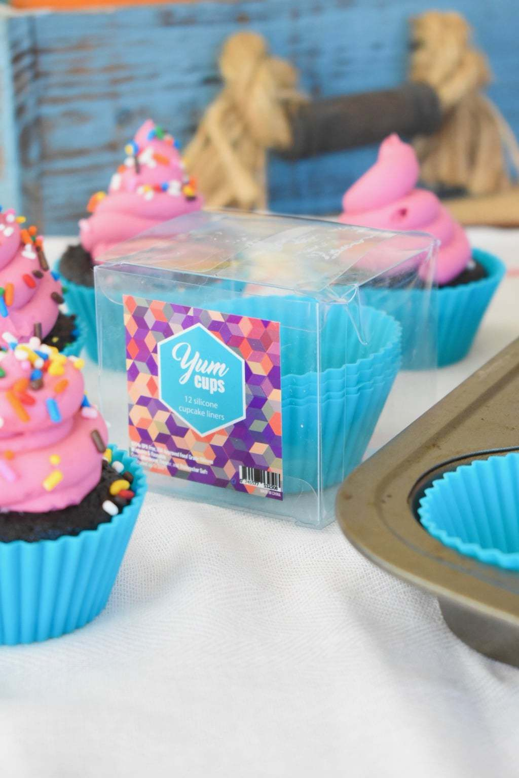 Teal silicon cupcake liners Yum Cups