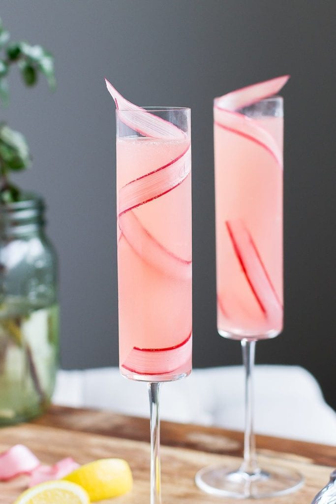 The Rhubarb 75: A simple, seasonal twist on the classic French 75, will quickly become your favorite (and most elegant) way to day drink. | thefooddrink.com