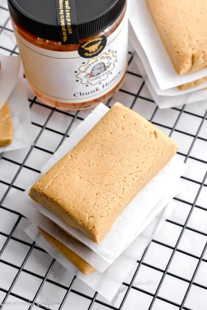 Almond Honey Protein Bars: An unbelievably easy homemade protein bar with only four ingredients! Chewy and loaded with almond butter and honey flavors - gluten free and dairy free! | stressbaking.com #stressbaking @stressbaking #protein #grabandgo #easy #recipe #easyrecipe #almondbutter #honey #soyfree #dairyfree #glutenfree