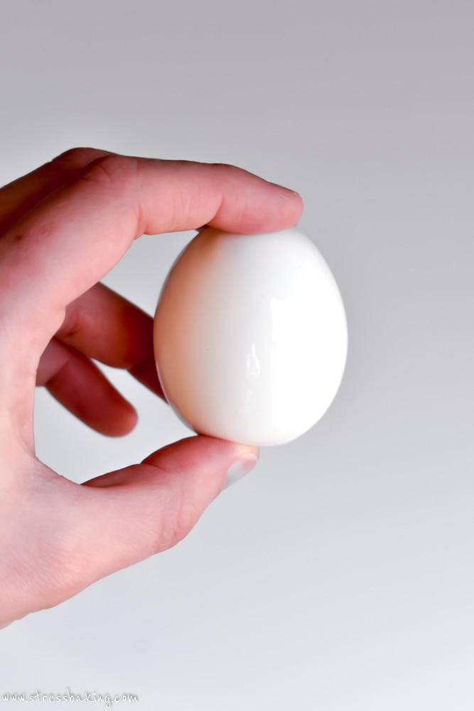 A perfectly peeled hard boiled egg